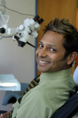 Dr Suresh Rashid, BDSC (WA), GRADDIPAPPSC (COMP) Dental Surgeon